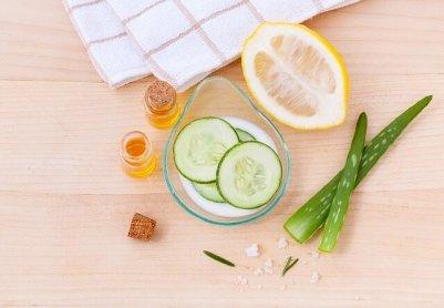見た目年齢解決方法 野菜 きゅうり アロエ レモン