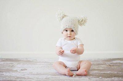 ニット帽赤ちゃん